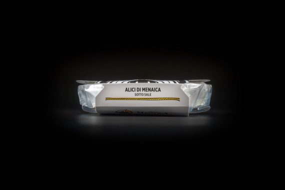 Alici di Menaica sotto sale Presidio Slow Food 100 gr.